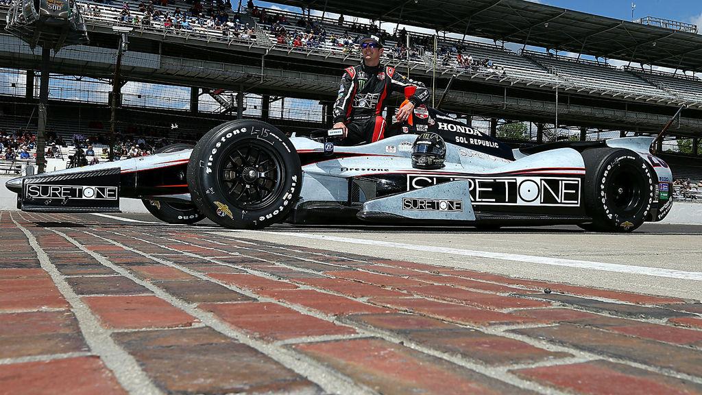 Kurt Busch and his car at the Indianapolis 500 - 2014