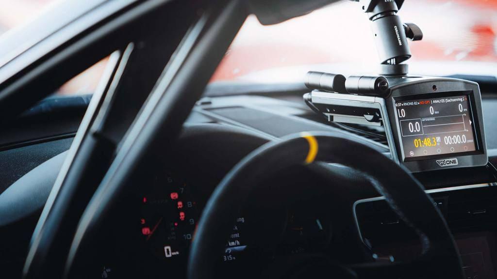 Race Navigator Improves Driving Skills